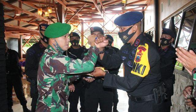 KOMPI 4 BATALYON B PELOPOR IKUT RAYAKAN HUT TNI KE 75.